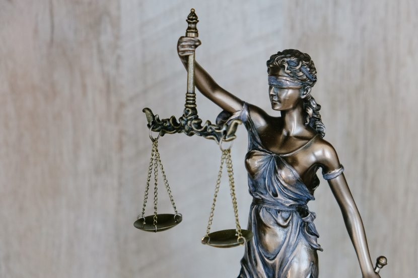ATTORNEYS – Should our government provide a legal advice service to Attorneys?